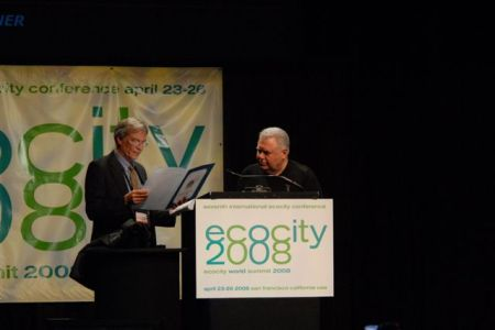 Jaime Lerner receives award of recognition from California Assembly